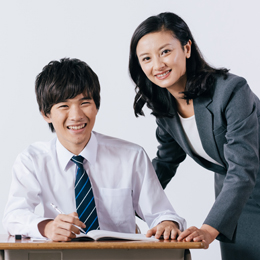 1.生徒との信頼関係を築くため「個別担任制」を導入